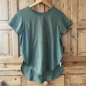 Cotton On Body Small Green Athletic T-Shirt